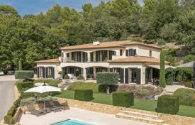 Luxury houses for sale in Montauroux. Var backcountry — Luxury villa