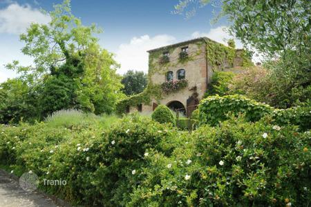 5 bedroom houses for sale in Tuscany. Luxury property with swimming pool, Sarteano, Siena, Italy