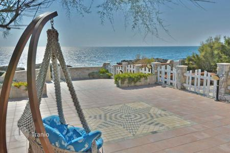 Property for sale in Castiglioncello. Apartment – Castiglioncello, Tuscany, Italy