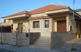 Residential for sale in Episkopi. Four Bedroom Detached Bungalow