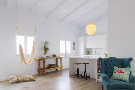 2 bedroom apartments for sale in Palma de Mallorca. Furnished penthouse with a balcony and high-quality finishing, Palma, Mallorca, Spain