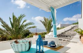Villa – Santorini, Aegean Isles, Greece for 3,300 € per week