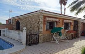 3 bedroom houses for sale in La Nucia. Renovated two-level villa with a pool in the town of La Nucia, Alicante, Spain