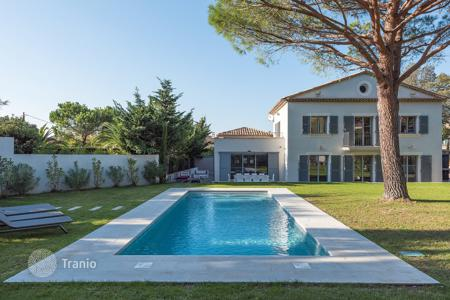 Residential to rent in Saint-Tropez. Saint-Tropez centre — New house