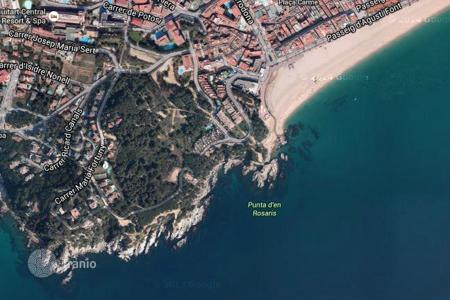 Coastal development land for sale in Costa Brava. Development land - Lloret de Mar, Catalonia, Spain