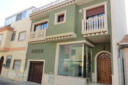 Townhouses for sale in Pilar de la Horadada. Townhouse of 3 bedrooms in Pilar de la Horadada
