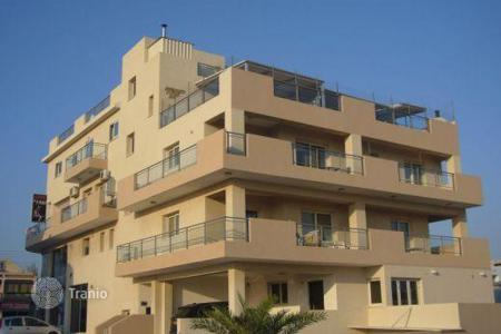 Coastal apartments for sale in Yeroskipou. 4 Bedroom Luxurious Penthouse