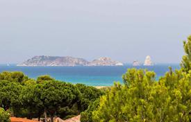 4 bedroom apartments for sale in Catalonia. Apartment – Begur, Catalonia, Spain
