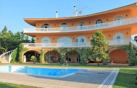 Villa – Patras, Administration of the Peloponnese, Western Greece and the Ionian Islands, Greece for 3,750,000 €
