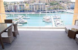 Apartments for sale in Malta. The apartment in a sea front corner