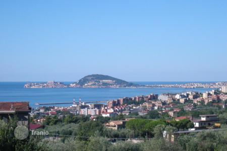Coastal property for sale in Lazio. Villa – Formia, Lazio, Italy