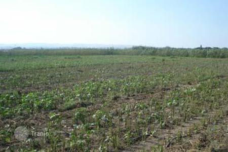 Land for sale in Kiti. Building Plot