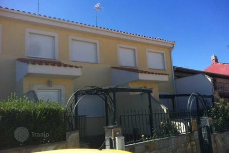 Foreclosed 4 bedroom houses for sale in Castille and Leon. Villa – Salamanca, Castille and Leon, Spain