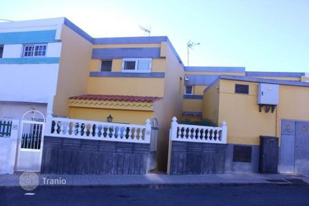 Bank repossessions houses in Gran Canaria. Villa – Telde, Canary Islands, Spain