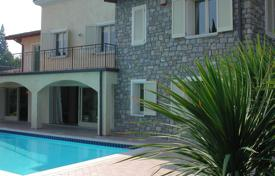 Residential for sale in Lake Garda. Villa – Garda, Veneto, Italy