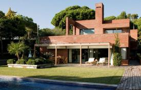 Luxury houses for sale in Costa del Maresme. House Costa Barcelona