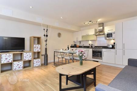 Property to rent in the United Kingdom. Apartment – United Kingdom
