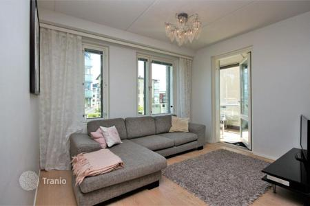 Apartments for sale in Finland. Furnished apartment with terrace in Vantaa, Finland