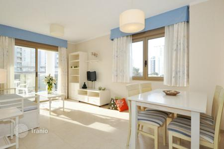 Cheap 1 bedroom apartments for sale in Spain. One bedroom apartment in a new complex with swimming pool on the beachfront in Calp, Alicante