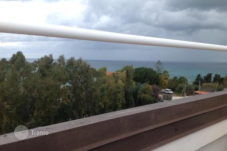 Coastal apartments for sale in Italy. Penthouse with terrace and sea view in Briatico, 400 meters from the beach