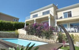 Luxury houses for sale in Mandelieu-la-Napoule. Mandelieu — Nice Property — Sea View