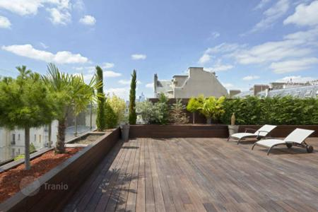 Luxury property for sale in Neuilly-sur-Seine. Neuilly-sur-Seine – An exceptional 160 m² duplex apartment with terraces