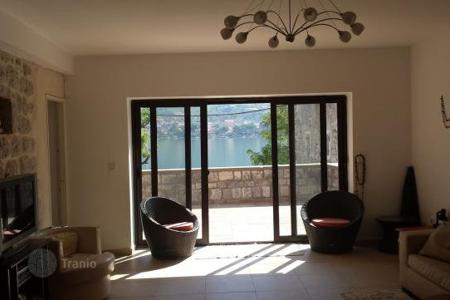 3 bedroom houses for sale in Kotor. Townhome – Kotor (city), Kotor, Montenegro