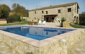Renovated stone villa with picturesque views, a garden and a pool, Besalu, Spain for 895,000 €
