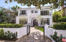 Luxury 6 bedroom houses for sale in North America. Villa – Santa Monica, California, USA