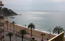 Coastal residential for sale in Catalonia. Fully furnished three bedroom apartment on the beachfront in the center of Lloret de Mar, Costa Brava