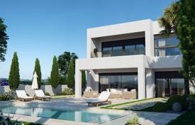 4 bedroom houses for sale in Murcia. 4 bedroom villa in first golfline in Mar Menor Golf Resort