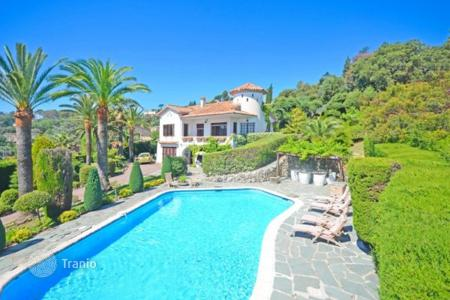 Property for sale in Mandelieu-la-Napoule. Villa - Mandelieu-la-Napoule, Côte d'Azur (French Riviera), France