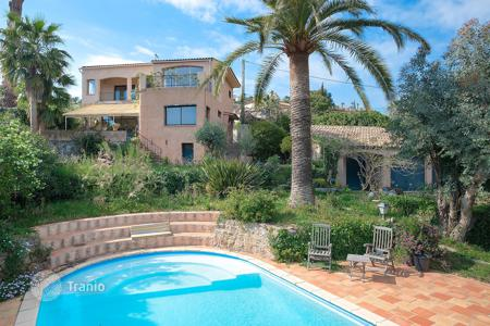 5 bedroom houses for sale in Vallauris. Charming villa Golfe -Juan