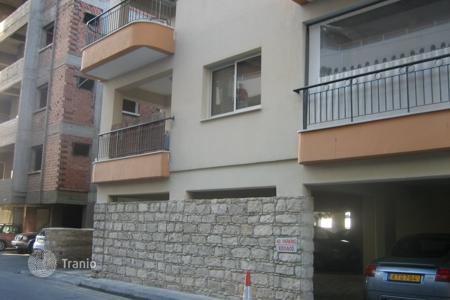 1 bedroom apartments for sale in Limassol (city). Comfortable apartment with sea views in Limassol