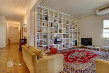 4 bedroom apartments to rent in Europe. Apartment – Florence, Tuscany, Italy