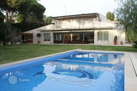 Houses for sale in S'Agaró. Villa – S'Agaró, Catalonia, Spain