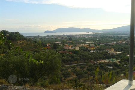 3 bedroom houses for sale in Zakinthos. Zakynthos. Villa fully furnished 194 m² on a plot of 11,000 m² with panoramic views of Laganas Bay and the town, for sale