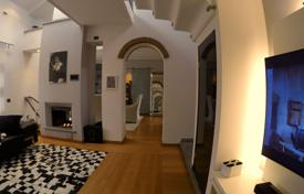 Residential for sale in Milan. Apartment – Milan, Lombardy, Italy