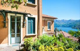 4 bedroom apartments for sale in Moltrasio. Liberty style on Lake Como