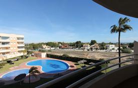 Beautiful renovated apartment with views to the sea and the pool in Campoamor for 129,000 €