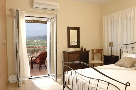 3 bedroom villas and houses by the sea to rent in Greece. Villa - Malia, Crete, Greece