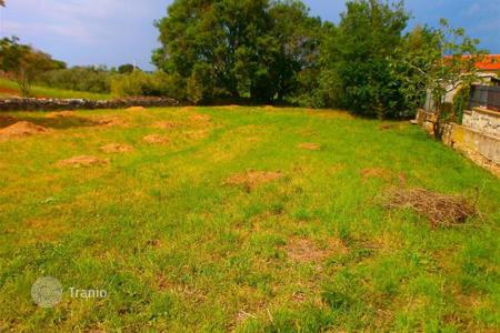 Land for sale in Stinjan. Building land an attractive location! Quiet neighborhood!