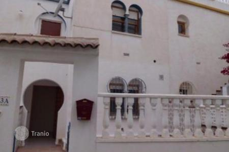 Bank repossessions property in Valencia. Terraced house – Valencia, Spain