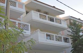 Terraced house – Voula, Attica, Greece for 42,000 $ per week