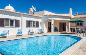 3 bedroom houses for sale in Faro. 3 bedroomed Villa in a quiet location, Sesmarias, near Carvoeiro – West Central Algarve