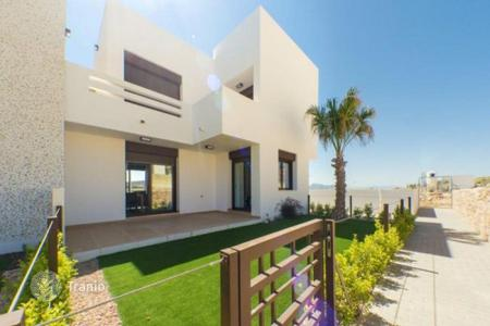 Cheap residential for sale in Algorfa. Townhome - Algorfa, Valencia, Spain