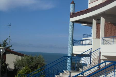 Cheap 2 bedroom apartments for sale in Abruzzo. Duplex apartment with terrace and sea view in a new residence with private access to the beach, near the center of San Vito Chietino, Italy