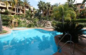 3 bedroom apartments for sale in Estepona. Ground Floor Apartment for sale in El Campanario, Estepona