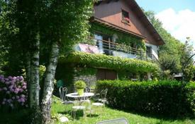 Property for sale in Occitanie. Three-storey villa with a wine cellar and outbuildings, overlooking the mountains, 30 minutes drive from Tarbes, Lannemezan, France