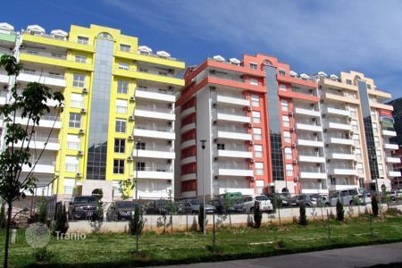 Residential for sale in Budva. One bedroom apartment in a residential complex in Budva